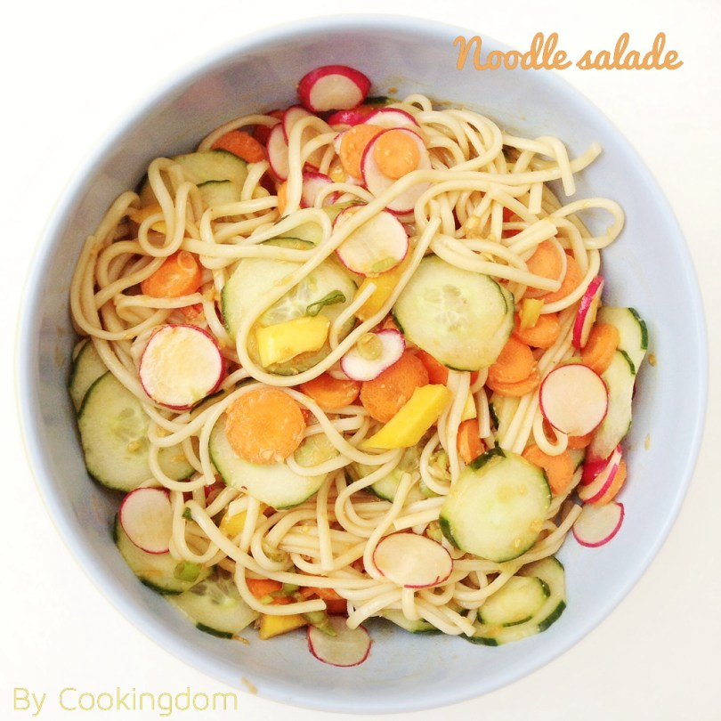 Noodle salade By Cookingdom