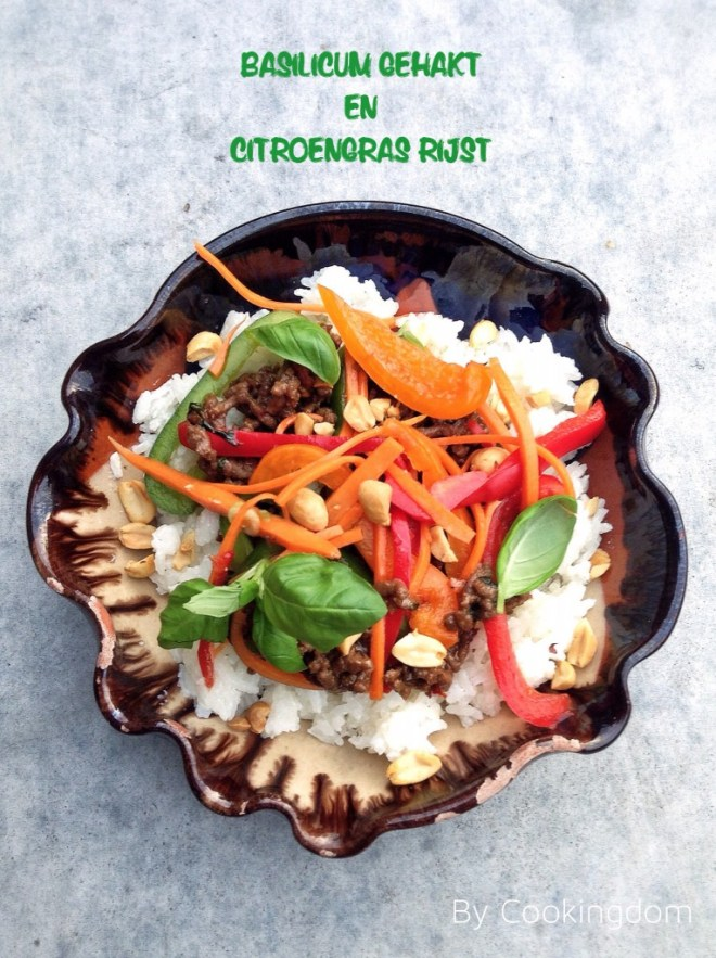 Basilicum gehakt en citroengras rijst By Cookingdom
