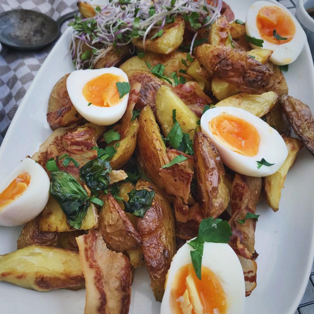 Aardappels met spek en kruidige olie