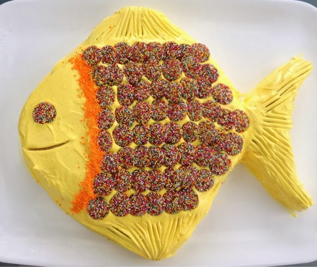 Easy Fish Birthday Cake Cooking for Busy Mums