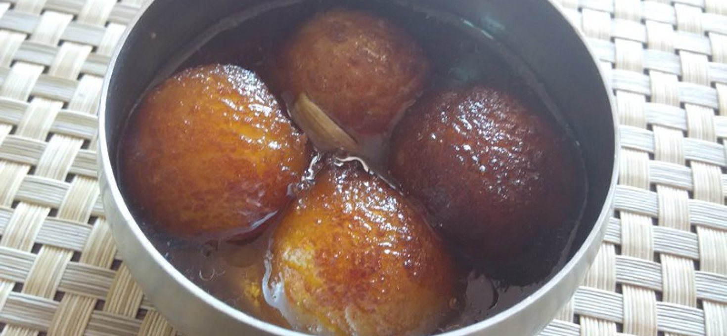 Homemade Gulab Jamuns from Scratch | Dussera Special