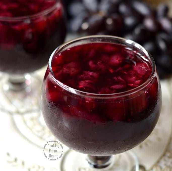 Homemade Arabian Pulpy Grape Juice