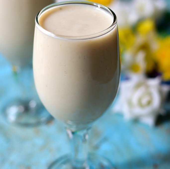Custard Apple Milkshake | Sitaphal Milkshake