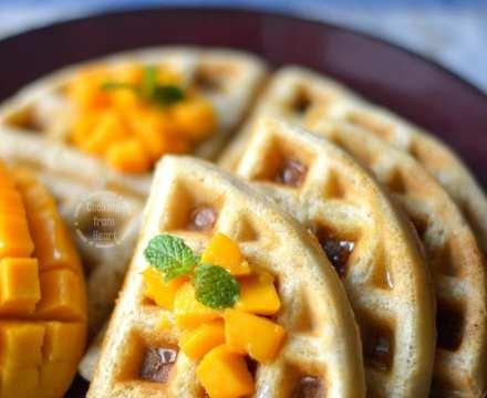 Eggless Waffles | Easy Vegan Waffles