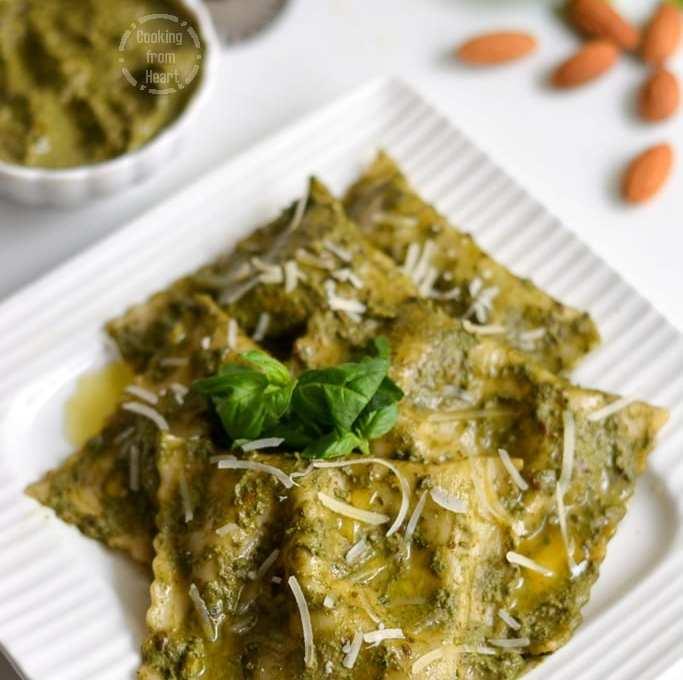 Mushroom & Spinach Ravioli with Basil Pesto