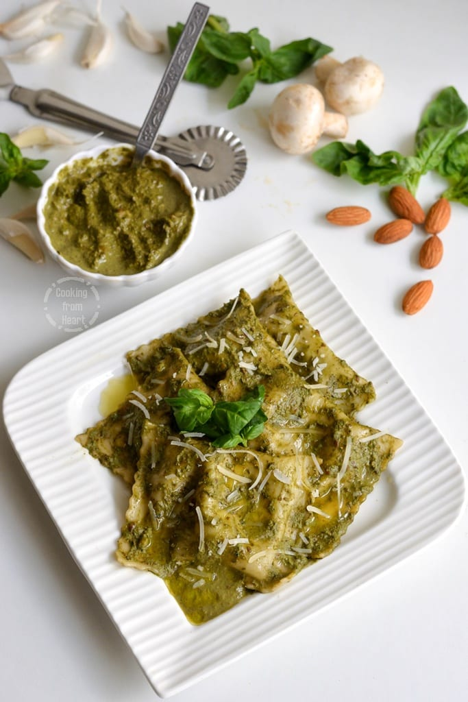 Mushroom & Spinach Ravioli with Basil Pesto