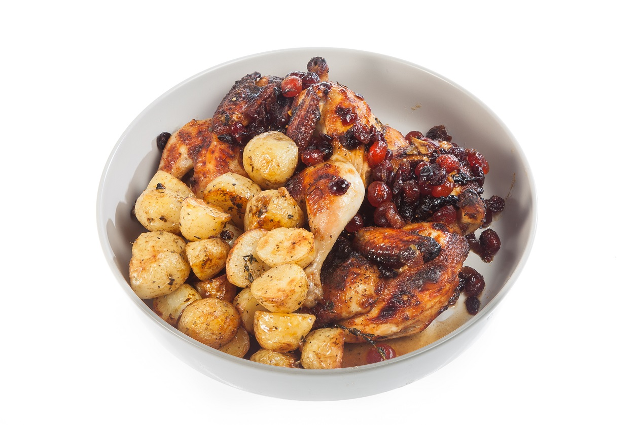 Chicken in honey and berries with baked mini potatoes