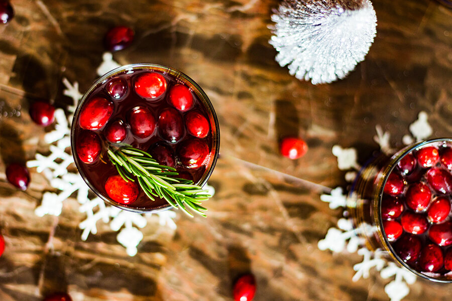 So excited to be sharing this festive and fun Cranberry Rosemary Crush with you guys today! Just in time for all the holiday parties. Minimal prep time and maximum taste- that's my kinda drink.