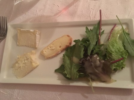 Fromage and salad