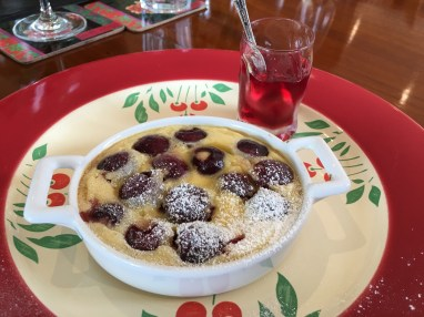 Cherry clafoutis with cranberry juice jelly