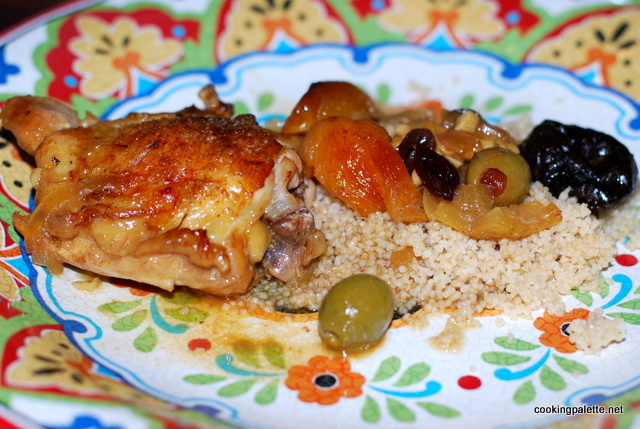 chicken or lamb tajine with dry friuts and olives (24)