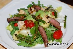 green salad with steak tofu asparag and avocado (11)