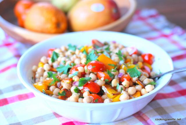 garbanzo pepper tomato salad (16)