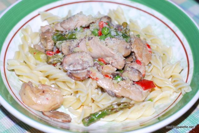 chicken primavera  pasta (19)