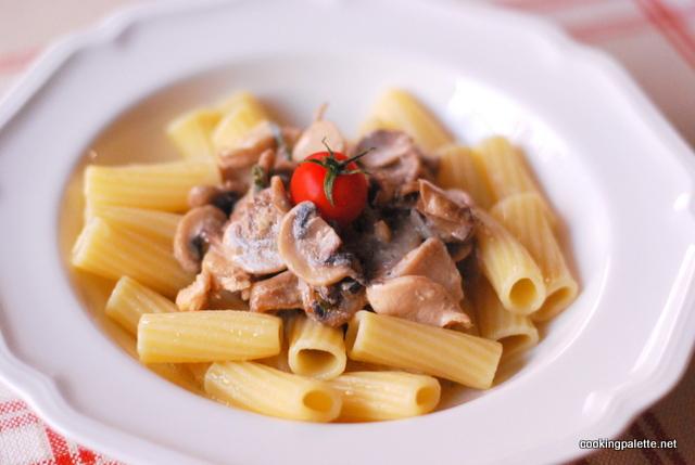 creamy chicken mushroom pasta (12)