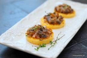 mushroom ragout polenta medalions (6)