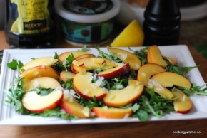 nectarine soft cheese salad (1)