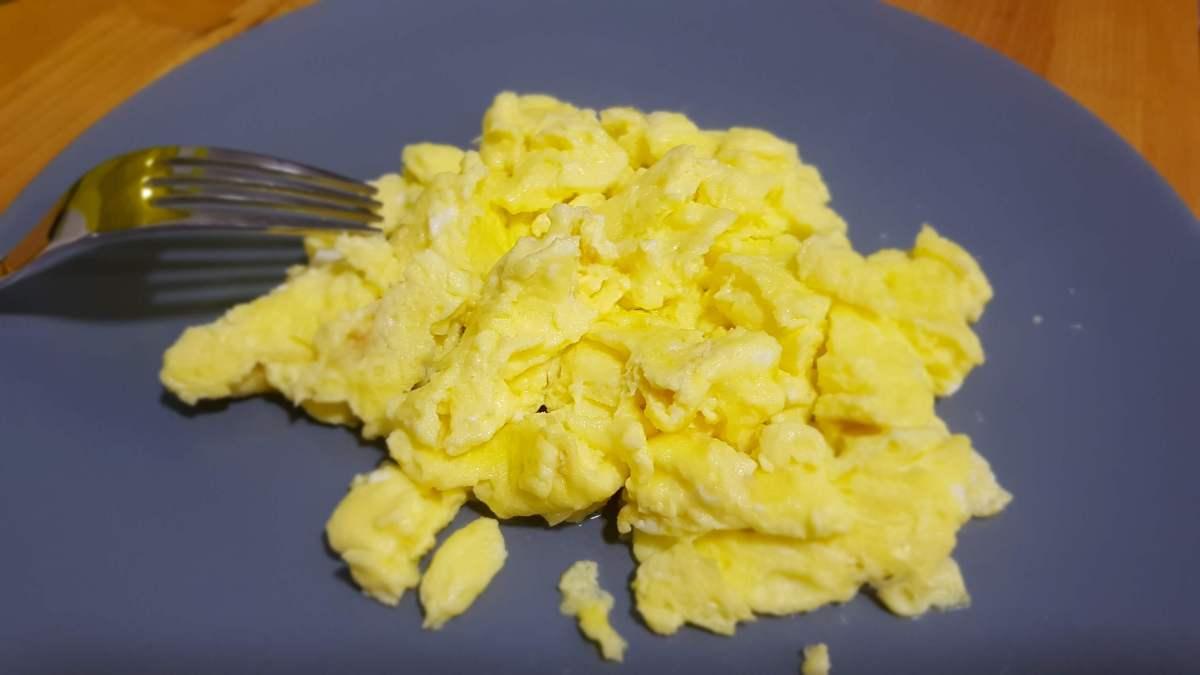 Huevos revueltos estilo americano