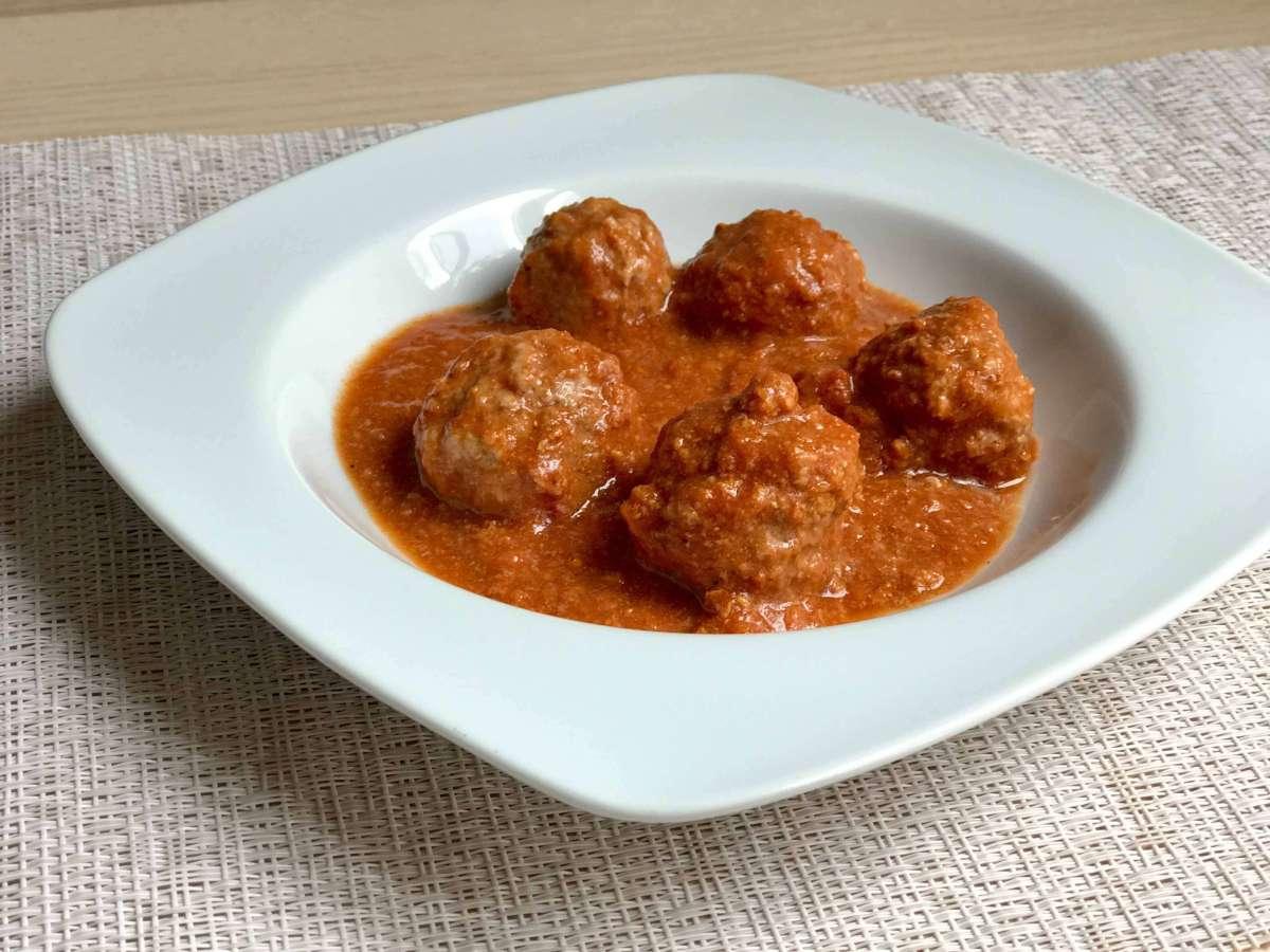 Albóndigas con tomate en Crock pot u olla de cocción lenta
