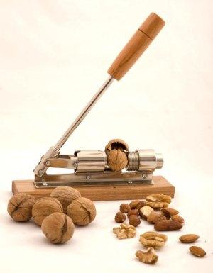 NutCracker-4