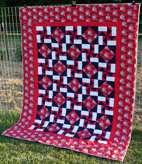 Pinwheel blocks quilt