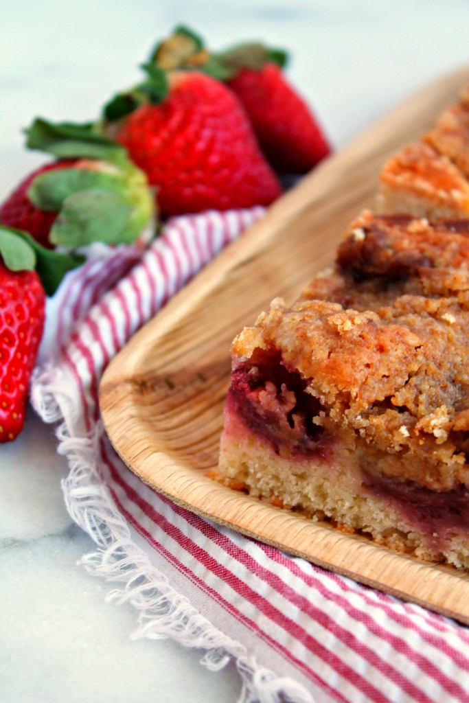 Strawberry Crumble Coffee Cake
