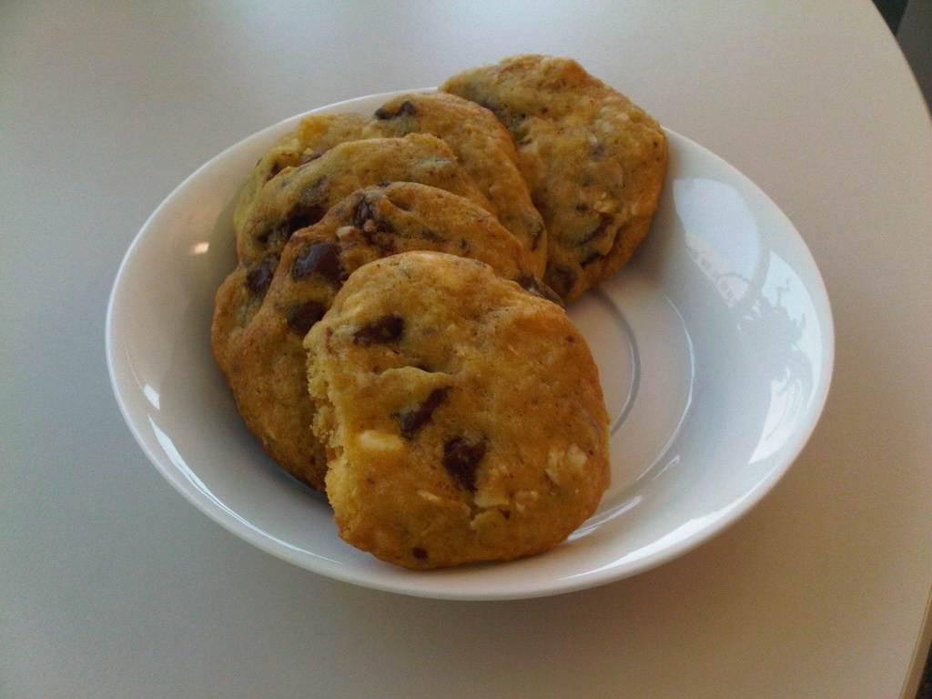 Cookies aux pepites de chocolat noir et blanc