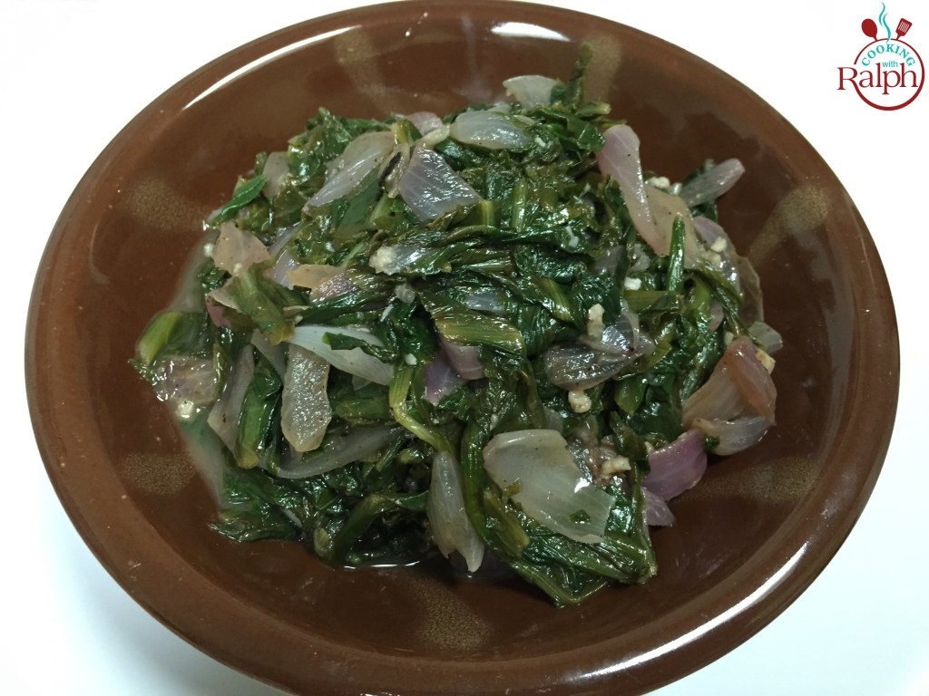 Hindbeh – Chicory with Onions Salad