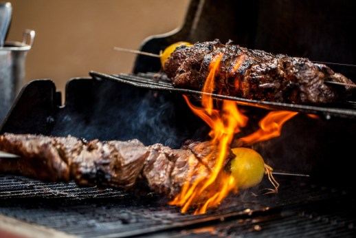 Barbeque at Friday Brunch, Amwaj Rotana (LoRes)