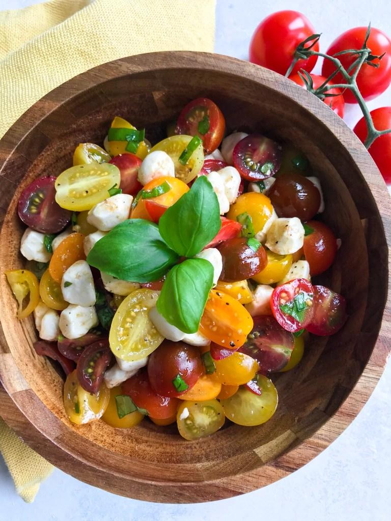 balsamic tomato mozzarella salad