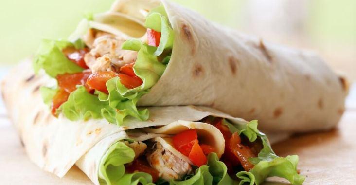 Wrap poulet et ses petites graînes de sésames ! une recette simple.