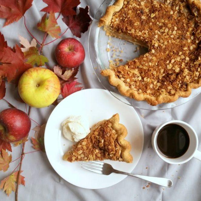 Muscovado Apple Crisp Pie