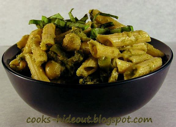 Pasta in Spinach sauce