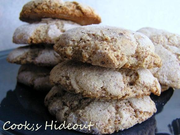 Tuscan Almond Cookies: Ricciarelli
