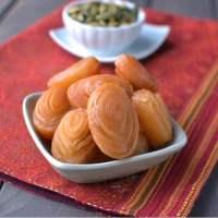 Andhra Pradesh -- Madatha Kaaja/ Thapeshwaram Khaja (Traditional dessert recipe)