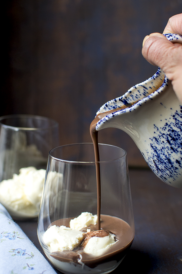 Affogato with Hot Chocolate