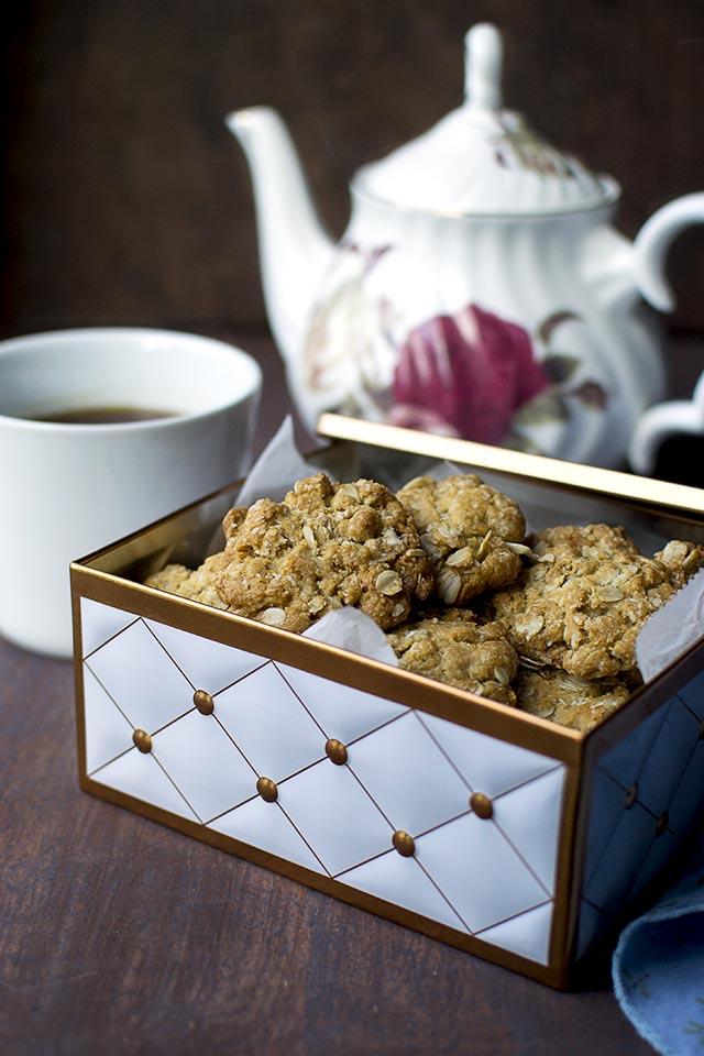 Anzac Biscuits Recipe Cook S Hideout