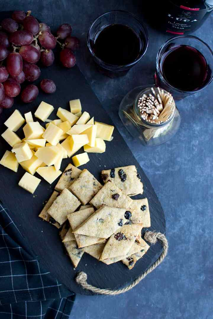 Sweet Crackers with Dried Fruit