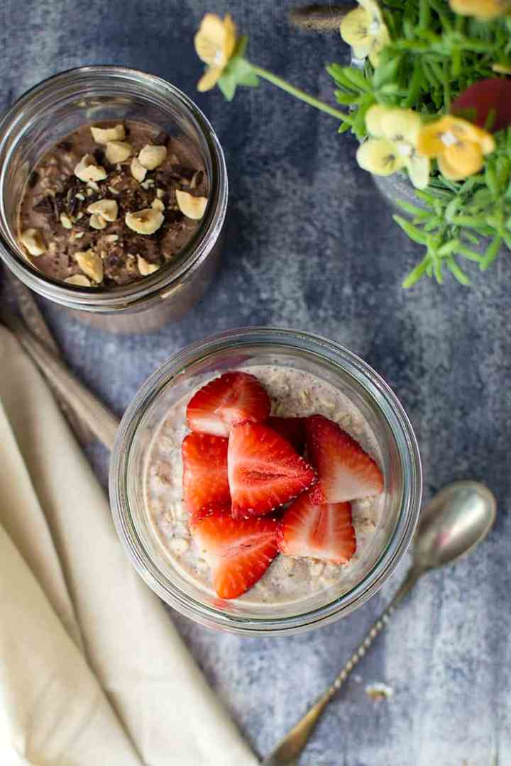 Double Strawberry Overnight Oats