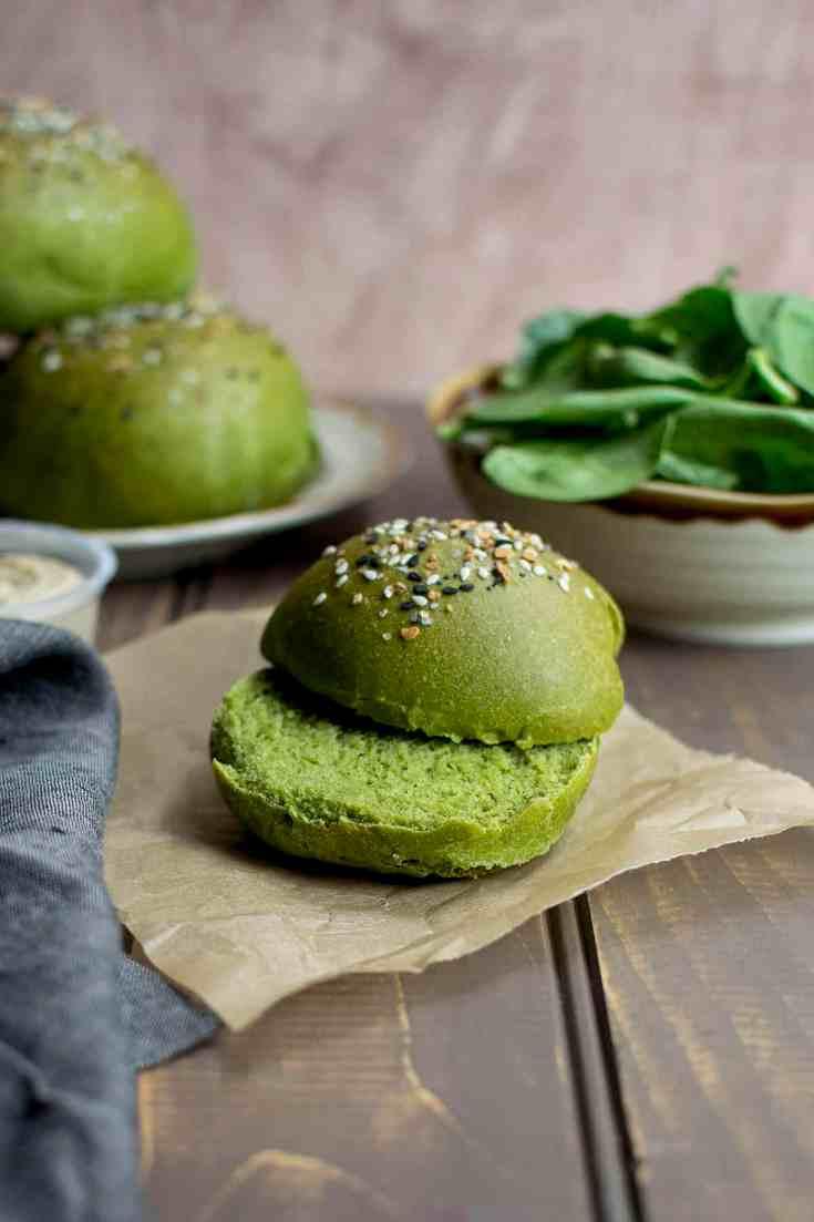 Sandwich Rolls with Spinach