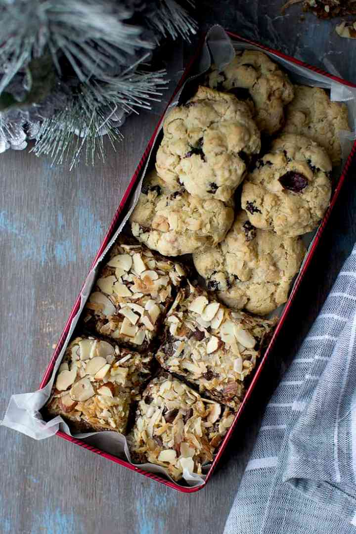 Cookie Box with Magic Cookie bars