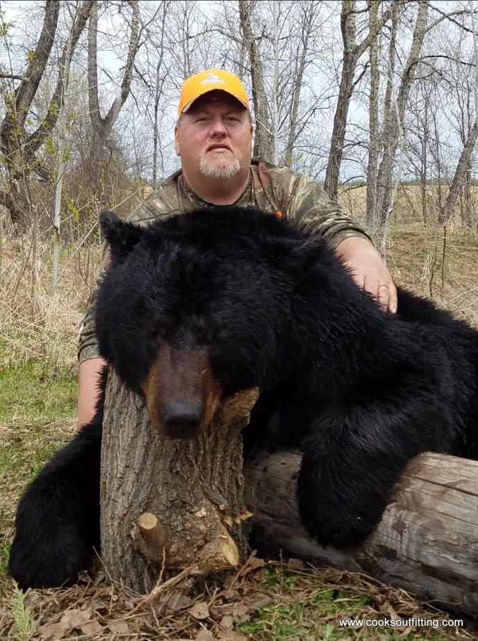 bear-hunting-saskatchewan (3)