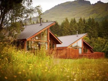 argylls-forest-cabins-exterior