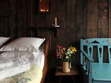 corrour-chapel-inside-view-bedroom