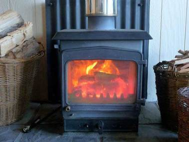 seafield-cottages-fireplace