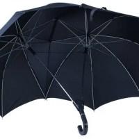 Partner Regenschirm für zwei Personen - für Freude zu zweit im Regen