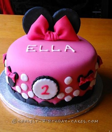 Cool Homemade Minnie Mouse Cake