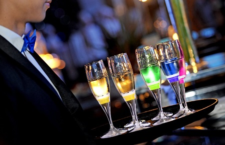 Ivation Light-Up Champagne Flutes