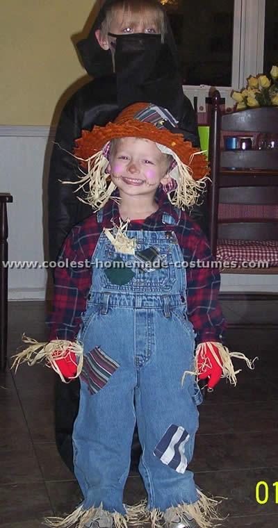 Coolest Homemade Scarecrow Costume Ideas