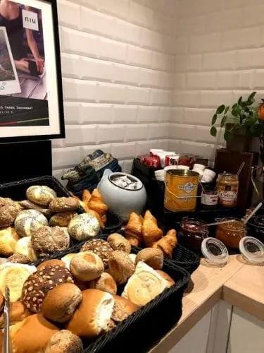 niu dairy hotel ontbijtbuffet 1